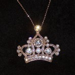 Gorgeous Crown Pendant Necklace